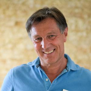 Dr. Roland Bauerdorf